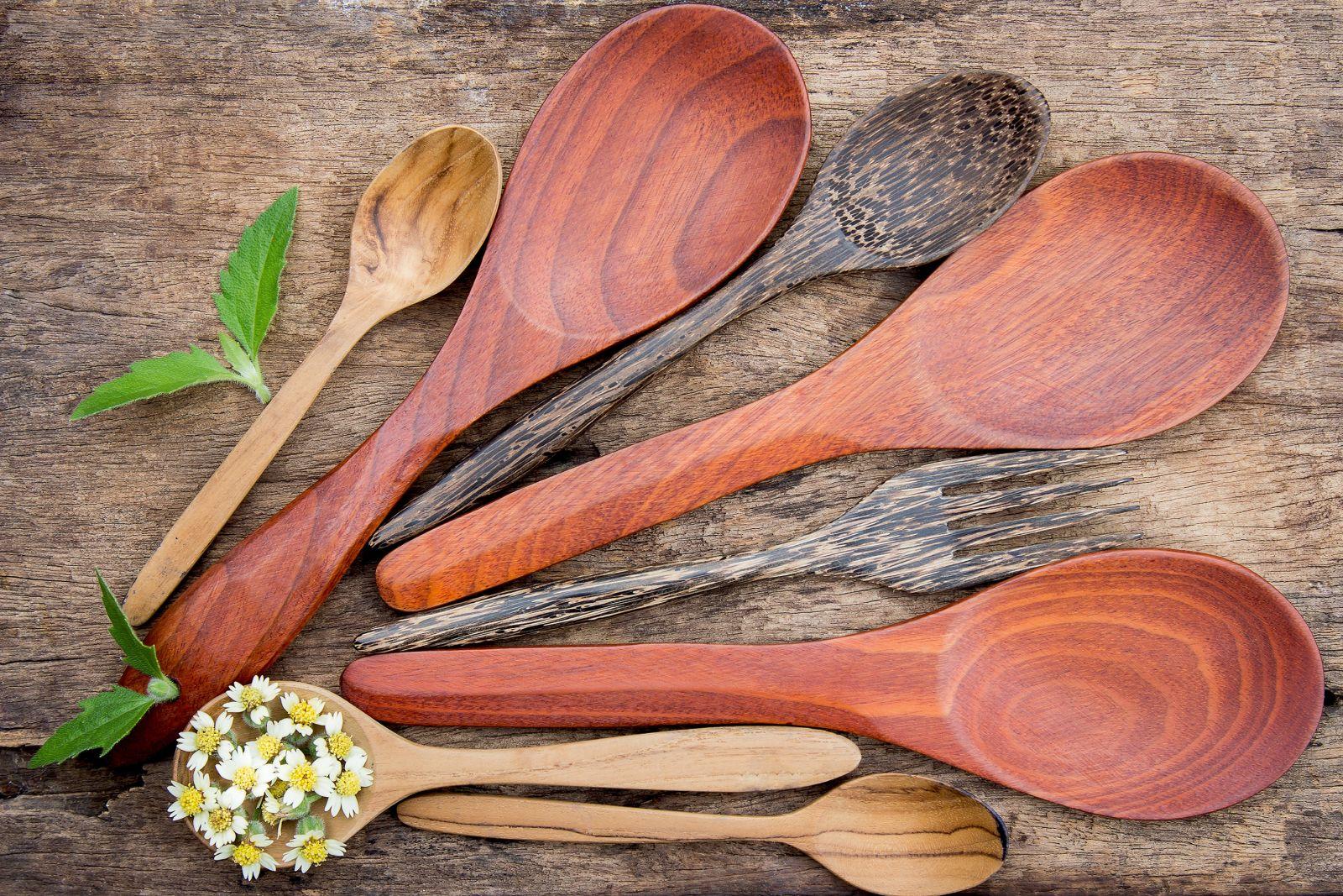drevo kuchyňa