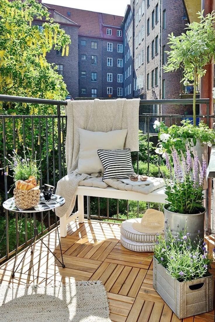 Bylinky okrem vašej kuchyne krásne prevoňajú aj váš balkón. Počas teplého letného večera sa budete cítiť ako v Toskánsku.