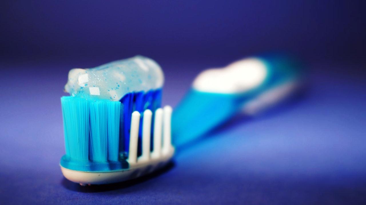 umývanie zubov